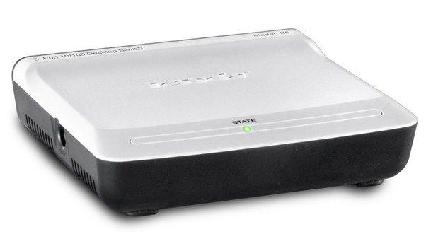 x-Tenda S5 LAN 5-Port 10/100 Switch, auto-negotiation RJ45 ports