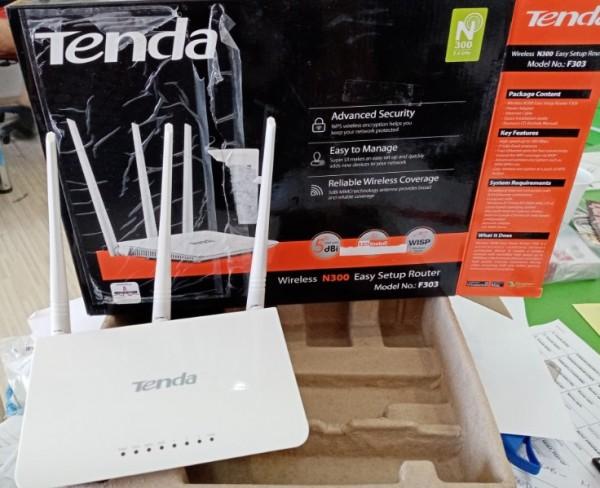 OUT - Tenda F303 Wireless N300 Ruter, WISP/WDS-bridge/AP/WPS, 3L/1W fixed antenna 3x5dBi 23