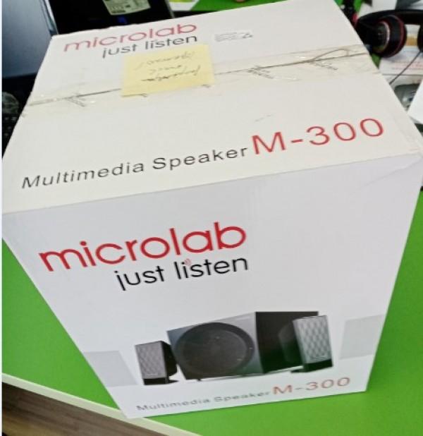 OUT - Microlab M-300 Aktivni drveni zvucnici 2.1 sistem 38W RMS(14W, 2x12W) 3.5mm 15